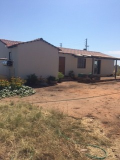 R 1,000,000 - 3 Bed Smallholding For Sale in Strydfontein