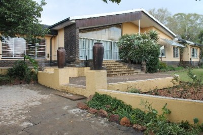 R 1,000,000 -  Smallholding For Sale in Golf View A. H.