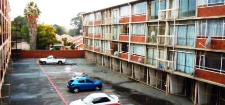 On Auction - 2 Bedroom, 1 Bathroom  Apartment On Auction in Germiston South, Germiston