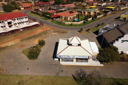 R 2,300,000 -  Commercial Property For Sale in Vanderbijlpark
