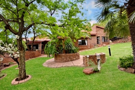 On Auction - 4 Bed Property On Auction in Glenvista