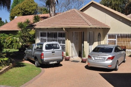 R 3,500,000 - 3 Bed Property For Sale in Kempton Park