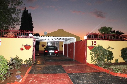 R 1,100,000 - 3 Bed House For Sale in Mayberry Park