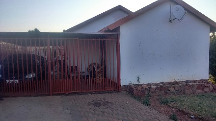R 600,000 - 3 Bed Property For Sale in Atteridgeville
