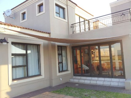 R 3,890,000 - 4 Bed Property For Sale in Vaal River