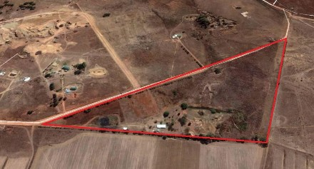 R 1,700,000 -  Farm For Sale in Eikenhof