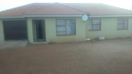 On Auction - 3 Bed Property On Auction in Meyerton