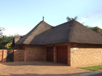R 1,550,000 - 2 Bed Property For Sale in Benoni