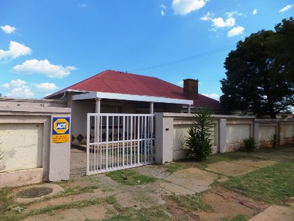 On Auction - 3 Bed Property On Auction in Maraisburg