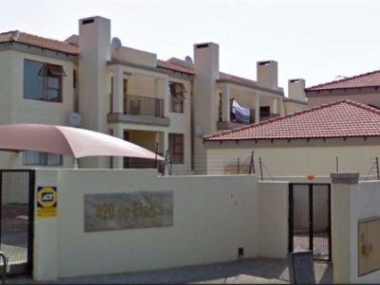 R 800,000 - 2 Bed Apartment For Sale in Ferndale