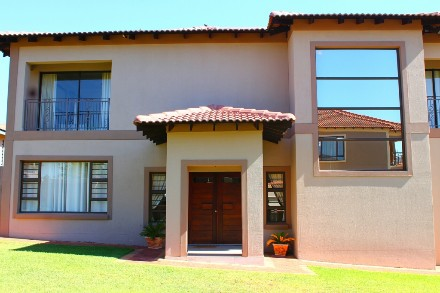 R 3,400,000 - 3 Bed Property For Sale in Meyerton
