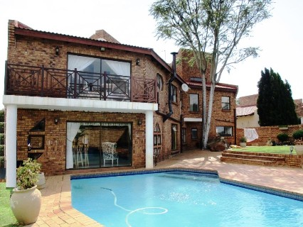 R 3,500,000 - 4 Bed Property For Sale in Bassonia