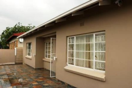 R 1,336,800 - 3 Bed Property For Sale in Newlands