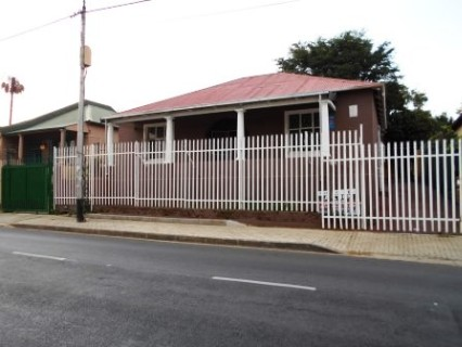 R 1,200,000 - 4 Bed Property For Sale in Brixton