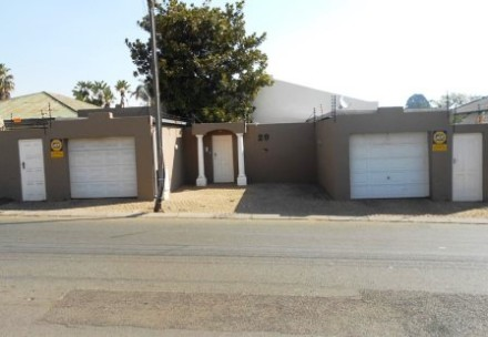 On Auction - 2.5 Bed Property On Auction in Orange Grove
