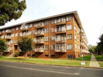 On Auction - 1 Bed Apartment On Auction in Benoni
