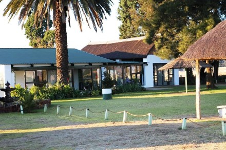 On Auction - 6 Bed Farm On Auction in Heidelberg