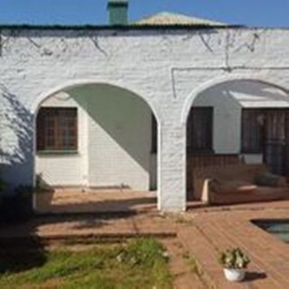 On Auction - 7 Bed Property On Auction in Auckland Park