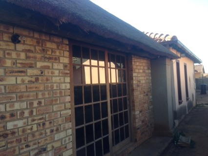 R 585,000 - 3 Bed Property For Sale in Protea Glen