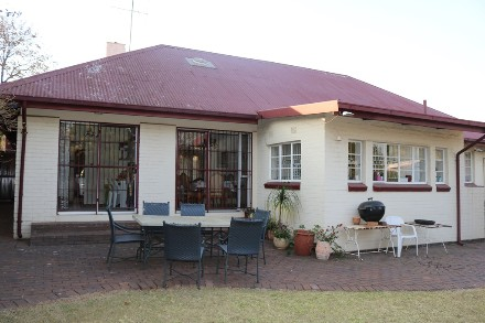 On Auction - 3 Bed Property On Auction in Sandringham