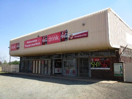 R 2,000,000 -  Commercial Property For Sale in Meyerton