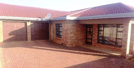 R 900,000 - 3 Bed Property For Sale in Vosloorus