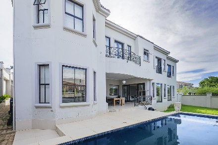 R 4,600,000 - 6 Bed Property For Sale in Beverley Gardens