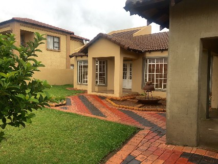 R 1,800,000 - 4 Bed Property For Sale in Vanderbijlpark