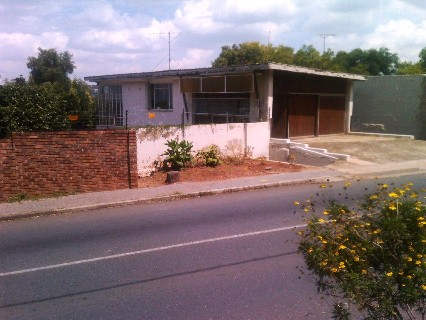 On Auction - 3 Bed Property On Auction in Observatory
