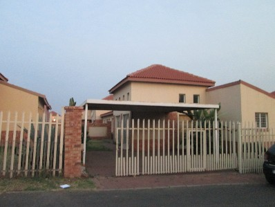 R 750,000 - 3 Bed Property For Sale in Reyno Ridge
