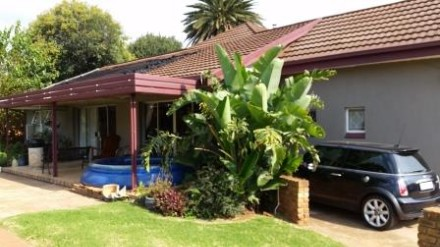 R 2,450,000 -  Property For Sale in Witfield