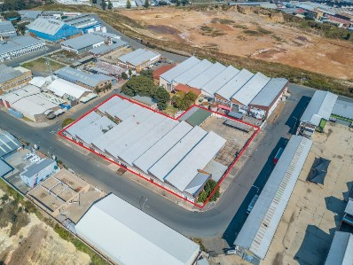 R 14,000,000 -  Commercial Property For Sale in Park Central