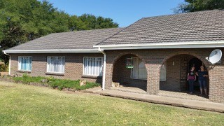 R 1,000,000 - 4 Bed Farm For Sale in Brits