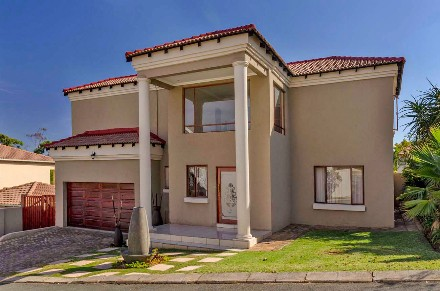 On Auction - 3 Bed Property On Auction in Ruimsig