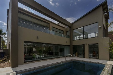 R 20,052,000 - 4 Bed Property For Sale in Eagle Canyon Golf Estate