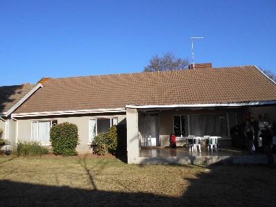 R 2,100,000 - 4 Bed Property For Sale in Bramley
