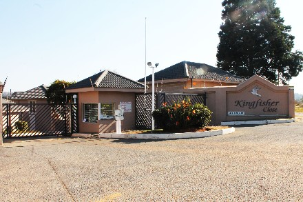 R 530,000 - 2 Bed Property For Sale in Rembrandt Park