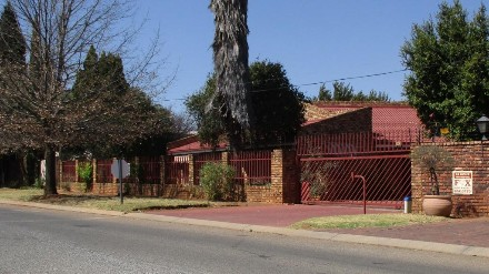 On Auction - 4 Bed Property On Auction in Meyersdal