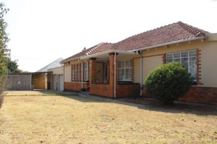 On Auction - 3 Bed Property On Auction in Highlands North