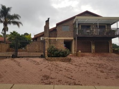 On Auction - 5 Bed Property On Auction in Centurion