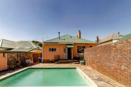 On Auction - 3 Bed House On Auction in Kensington