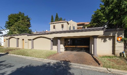 On Auction - 3 Bed House On Auction in Solheim