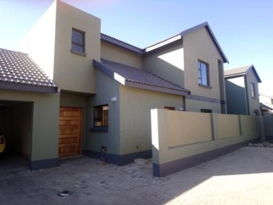 On Auction - 4 Bed House On Auction in Vaal Park