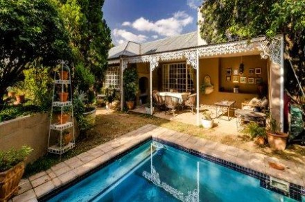 On Auction - 5 Bed Home On Auction in Sandringham