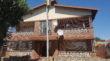 On Auction - 2 Bed Flat On Auction in Rosettenville