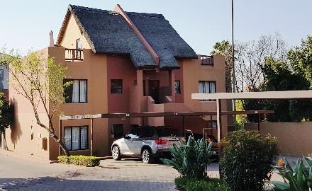 On Auction - 2 Bed Apartment On Auction in Fourways