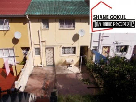 Phoenix Property - Excellent value for money is this basic 3 bedroom duplex. Situated in good area and offers 3 bedrooms, lounge and kitchen. Perfect...