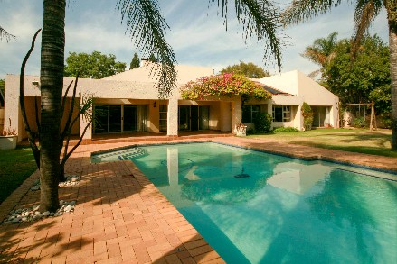 On Auction - 3 Bed Property On Auction in Fourways Gardens