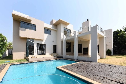 On Auction - 4 Bed Property On Auction in Midstream Estate
