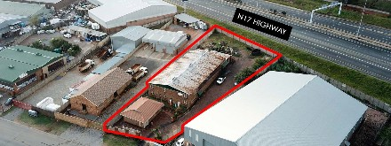 On Auction -  Commercial Property On Auction in Roxton